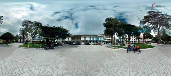 Parque Central de Loja (Panorámica)